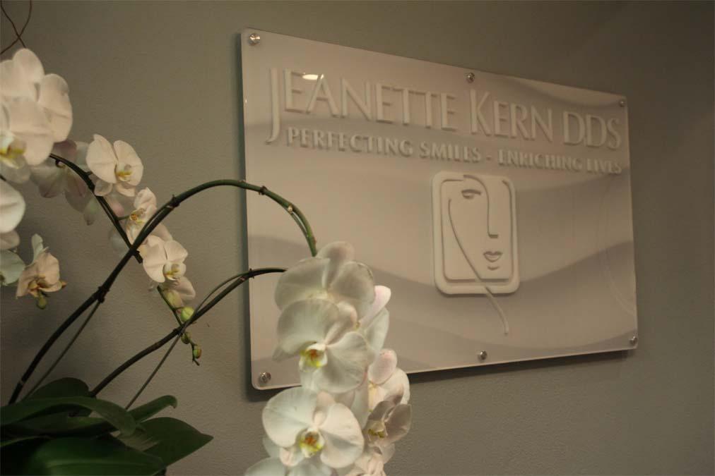 Jeanette Kern dentistry practice front desk sign